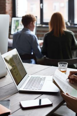 Оптимизация на сайт за мобилни устройства 4 -  работно място
