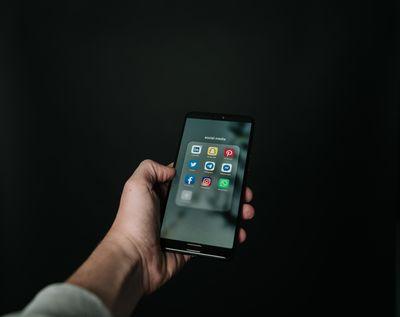 Оптимизация на сайт за мобилни устройства 4 -  черен