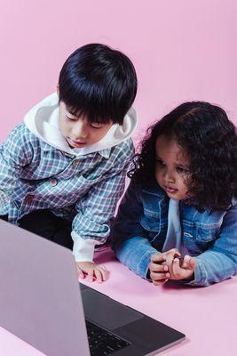 Продажби онлайн 4 - деца