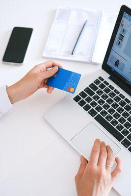 Продажби онлайн 12 - кредитна карта