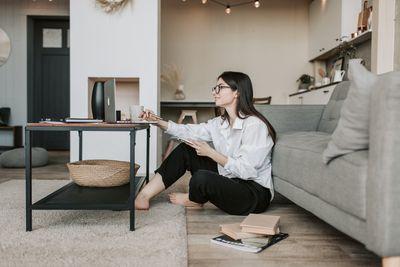 Продажби онлайн 42 - вкъщи