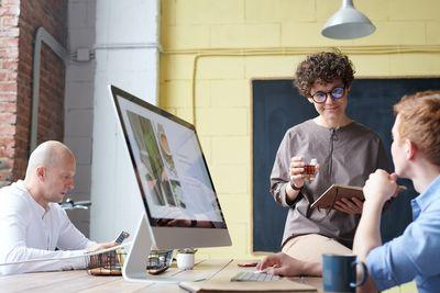 Онлайн маркетинг 12 - екипност