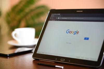 реклама в google цена 19 - таблет