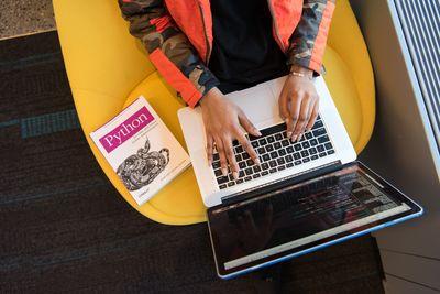 seo учебник 6 - лаптоп